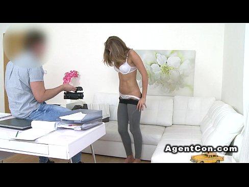lesbians make eachother cum