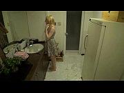 パツキン白人のエロい妻に他人のチンポが突っ込まれるNTR動画
