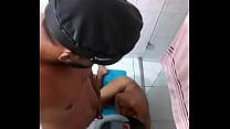 Macho ativo dominador Dony Abravanel fazendo o submisso de privada  (Cidade: Belo Horizonte (31)997261666 estado: Minas Gerais)
