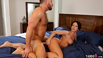 Married guy cheats with curvy MILF after massaging her