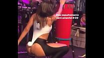 Anitta mostrando a sua sensualidade