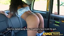 Fake Taxi Ebony horny beauty twerks on drivers ...