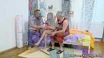 Old Goes Young - Alena and her man are together in bed Vorschaubild