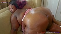 don prince bangin huge booty bbw mom on her couch part2