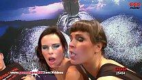 Queen Of Goo Viktoria Sharing Cum With her Sexy Friends - German Goo Girls Vorschaubild
