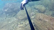 japanese hot solo pole spear fishing!!!