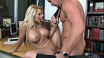Madison Ivy y su gran culo