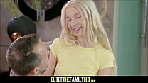 Mom Watches Her Tiny Teen Daughter Kenzie Reeves Get Fucked By Stepdad - 69VClub.Com