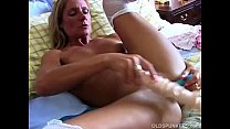 Super sexy old spunker in stockings fucks her soaking wet pussy صورة