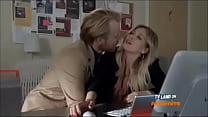 Image: Hilary Duff fingering