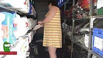 Widowed woman gets it on with the technician GUI00168