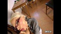 Bareback detention with horny teacher - german Vorschaubild