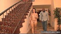 Big booty white girl gets loves having