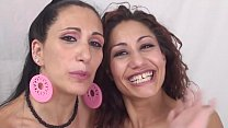 Two horny lesbians playing with cunt with Luna Darh and Dana Santo