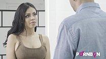 14956 PORNBCN 4K La bella latina Canela Skin quiere que el tasador Kevin White le folle el culo y ella se corre a chorros | porno español spanish preview