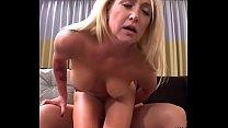 Sexy Mom I Met On Backpage Fucks My Cock So Good