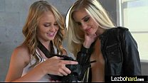(Lily Rader & Naomi Woods) Teen Lesbo Girls In Sex Tape vid-21