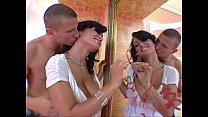 2 horny Milfs = 2 hot scenes : Phyllisha Anne - Lisa Ann