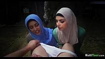 Amateur Hijabs Suck Dick together