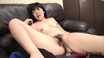 Mature Japanese Beauty Spreads Pussy For Dick And Creampie