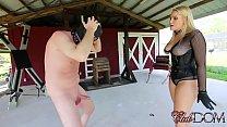 Goddess Vanessa is Hot For Caning Vorschaubild