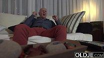 Sugar Daddy Fucks Step-Daughter Tight Pussy Goes Deep Inside Her Vorschaubild
