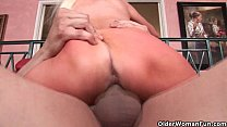 Image: Mom with huge tits gets cum coating