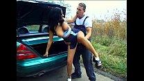 Outdoor Sex - Anhalterin im Auto gefickt