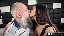 Morning Breakfast sex OLD and y. gives a handjob fucked and cumshot