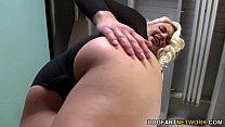 Anikka Albrite takes Mandingo's Black Dick Vorschaubild