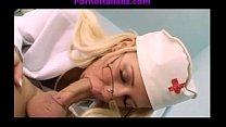 16539 Nurse makes the patient blowjob porn pussy porno infermiera fa pompini al malato preview