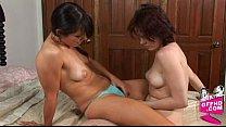 Girls having fun 0276