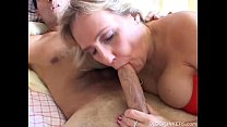 Busty mature amateur gives fucked noteworthy blowjob