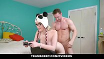 Screenshot Teamskeet Big Titty Nerd Fucked While Gaming