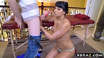 Latina stepmom demands a massage from this young guy صورة