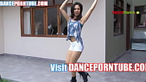 mexican teen sexy dance in booty shorts