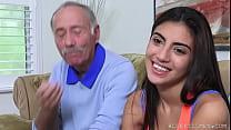 Frankie Fucks a Latina Hottie
