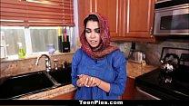 فتاة في سن المراهقة العربية 18 عذرا مص الديك جزء 2: http://ceesty.com/wCgdIM تخطي الإعلان صورة