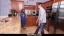 فتاة في سن المراهقة العربية 18 عذرا مص الديك جزء 2: http://ceesty.com/wCgdIM تخطي الإعلان preview image
