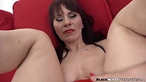 BBC plows gorgeous cougars ass and she loves the feeling