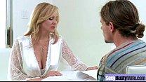 Busty Housewife (julia ann) Enjoy On Cam Hardcore Sex movie-13 thumbnail