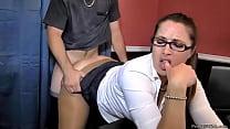 Madisin's Son Takes her At Work Vorschaubild
