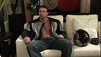 Muscle hunk strokes his fat muscle cock