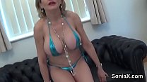 Adulterous english mature lady sonia shows her ...