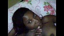 Angolana fazendo boquete