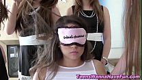Lesbian teen pledges lick