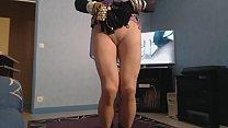 muslmane voilée danse en collant sans culotte