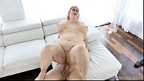 5992 Sexy BBW Lila Lovely Relaxes and Fucks Her Doctor preview
