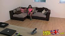 FakeAgentUK Filthy mouthed office girl brings toys to fake casting Vorschaubild