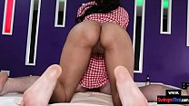 Amateur Thai massage babe gets a creampie in her pussy